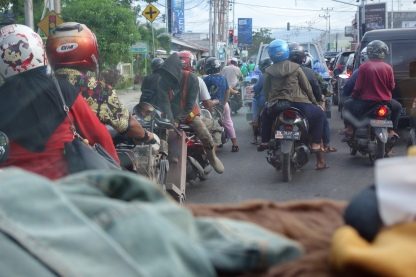 typical street congestion